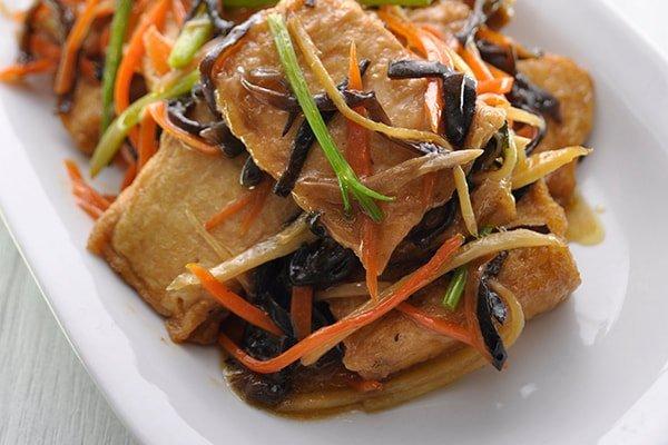 Japanese Tofu Puff with Shredded BlackFungus and Carrot