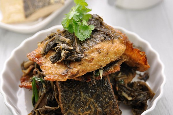 Stir-fry Vegetarian Ribbon Fish with Pickled Chinese Cabbage