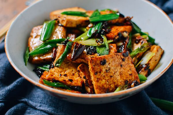 tofu puffs with black bean sauce