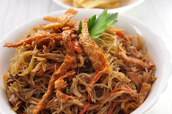 Vegetarian Crispy Soya with Fried Rice Vermicelli