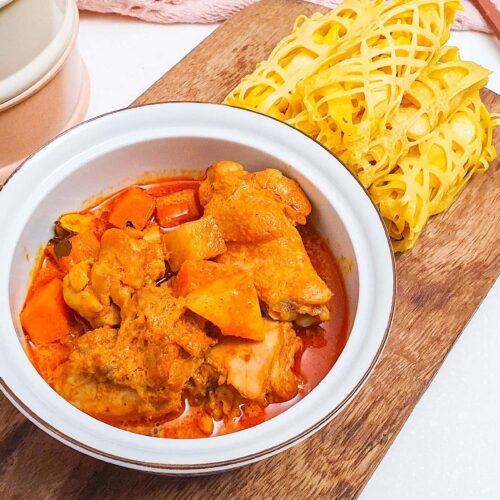 roti jalan and vegetarian curry